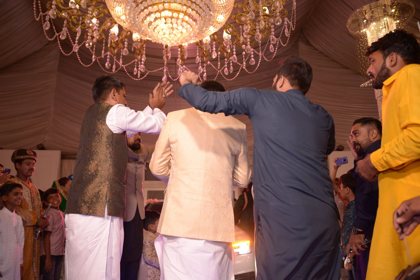 Wedding Gifts for Pakistani Grooms